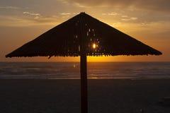 Silueta de la salida del sol en Durban, Suráfrica Fotos de archivo libres de regalías