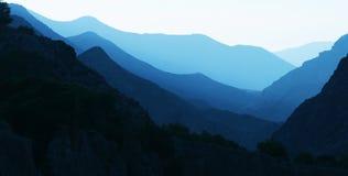 Silueta de las montañas Imagen de archivo libre de regalías