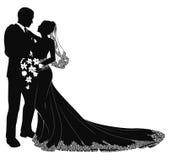Silueta de novia y del novio Fotos de archivo libres de regalías