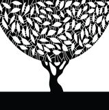 Silueta de un árbol. Fotos de archivo