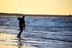 Silueta de un kitesurf Foto de archivo