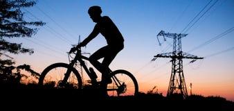 Silueta del ciclista Fotos de archivo libres de regalías