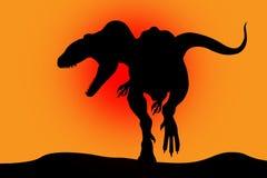 Silueta del dinosaurio en un rojo Foto de archivo libre de regalías