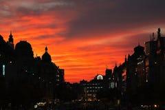 Silueta del horizonte de Praga en puesta del sol, Praga Praga, republika de Ceská de la República Checa fotografía de archivo libre de regalías