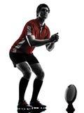 Silueta del jugador del hombre del rugbi Fotos de archivo libres de regalías
