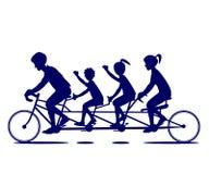 Silueta del paseo de la bicicleta de la familia Imagen de archivo