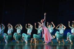 """Silueta del sueño del """"The del drama de la esperar-danza del  de seda marítimo de Road†Fotografía de archivo libre de regalías"""