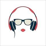 Silueta del vector de la muchacha coloreada con los auriculares Foto de archivo libre de regalías