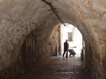 Silueta en el pasillo de Jerusalén foto de archivo