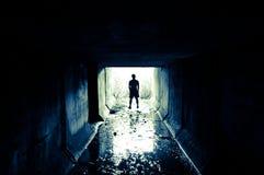 Silueta en el túnel Foto de archivo libre de regalías