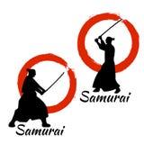 Silueta japonesa de los guerreros del samurai Ilustración del vector Fotografía de archivo