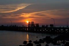 Silueta por el mar Fotografía de archivo libre de regalías