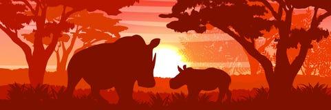 Silueta Un rinoceronte africano grande y su cachorro en un arbusto de la sabana libre illustration