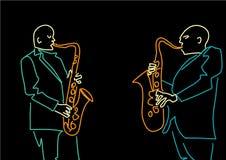 Siluetas de dos saxofonistas Los colores de ne?n contornean en fondo negro libre illustration