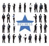 Siluetas de hombres de negocios y del texto del negocio Foto de archivo libre de regalías