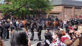 Siluetas de la calle real de la marcha de los guardias