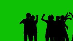 Siluetas de la gente en un fondo verde ilustración del vector
