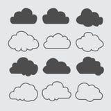 Siluetas de las nubes Sistema del vector de formas de las nubes Colección de diversos formas y contornos Elementos del diseño par Fotos de archivo libres de regalías