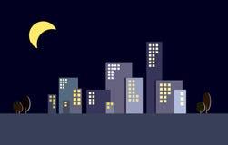 Siluetas de los edificios de la ciudad de la noche Fotos de archivo libres de regalías