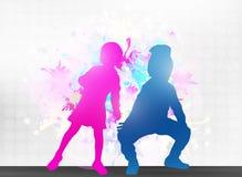 Siluetas de los niños del baile Fotos de archivo libres de regalías