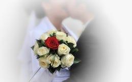 Siluetas de novia y del novio Imágenes de archivo libres de regalías