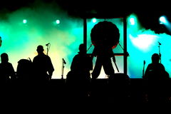 Siluetas del concierto Fotografía de archivo libre de regalías