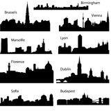 Siluetas del vector de ciudades europeas Imagenes de archivo
