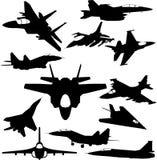 Siluetas militares de la caza a reacción ilustración del vector