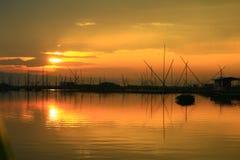 Siluete на восходе солнца стоковые изображения rf