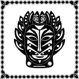 Siluetee al chamán negro-blanco Native American o tr africano de la máscara Fotografía de archivo