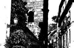 Siluetta in bianco e nero di una chiesa a Granada, Spagna fotografia stock
