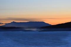 Siluetta blu della montagna Fotografie Stock Libere da Diritti