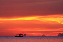 Siluetta dei pescatori Immagini Stock