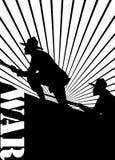 Siluetta dei soldati alla guerra. Fotografie Stock Libere da Diritti
