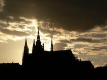 Siluetta del castello di Praga Fotografie Stock