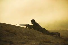 Siluetta del soldato Immagini Stock
