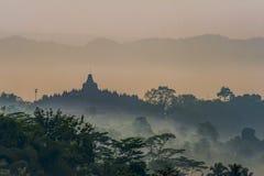 Siluetta del tempio di Borobudur di bellezza Fotografia Stock
