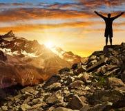 Siluetta del turista nel tramonto Fotografia Stock Libera da Diritti