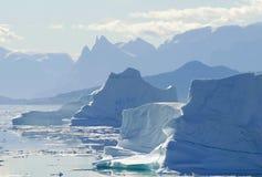 Siluetta dell'iceberg fotografia stock