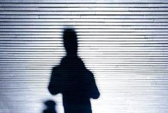 Siluetta dell'ombra della gente nella notte Immagini Stock Libere da Diritti