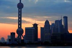 Siluetta dell'orizzonte di mattina di Shanghai Immagini Stock