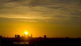 Siluetta della città di Londra al tramonto Fotografie Stock Libere da Diritti