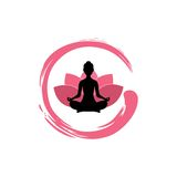 Siluetta della donna di yoga, Lotus Flower con Zen Logo Design Fotografia Stock Libera da Diritti
