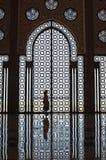 siluetta della ragazza della moschea immagini stock