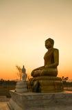 Siluetta della statua del buddha Fotografia Stock