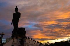 Siluetta della statua di Buddha, Phutthamonthon fotografia stock