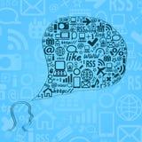 Siluetta della testa umana con le icone di media Immagini Stock