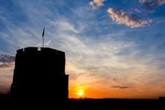 Siluetta della torre di Gediminas fotografie stock