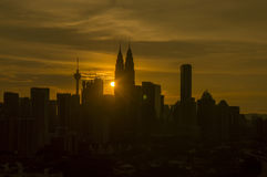 Siluetta di Kuala Lumpur Cityscape fotografie stock libere da diritti