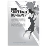Siluetta di un giocatore di pallacanestro, MANIFESTO, ALETTA DI FILATOIO Testo sullo strato separato, BIANCO nero Fotografie Stock